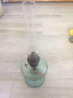 古董油燈 antique oil lamp