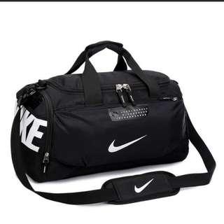 Nike Sports Bag Duffel 名牌包包