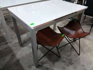 Special! Extentable tempered glass dining table