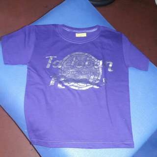T shirt  ( 7 to 8 yrs old)
