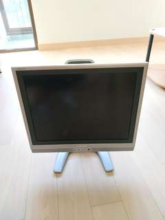 SHARP AQUOS LCD TV - LC-20S2HS- 20""
