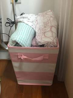 Medium storage basket - 2 available