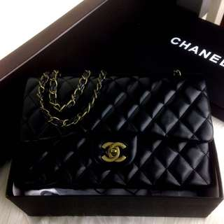 CHANEL Maxi Classic With Flap Ghw SS18 Bag