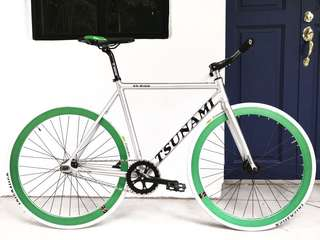 """FIXIE 26"""" SILVER TSUNAMI FIXIE GREEN WHEELS SET (Coaster Brake, Fixed Gear, Free Gear, Flip Flop Hub) 9Kg Only (PM for more details)"""