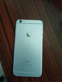 9成新 iPhone 6 Plus 無盒 低價售出 連充電器