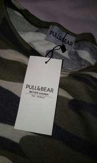 PullandBear Army