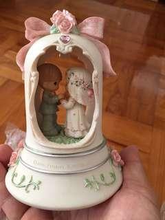 Precious Moments 2006 珍藏 絕版 結婚 陶瓷公仔 音樂座 Porcelain music box