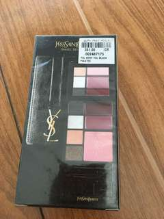 YSL Travel Selection Very YSL Black Edition Make Up Palette