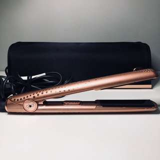 Limited Edition Rose Gold GHD Straightener