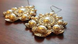 Dangling Earrings - Preloved