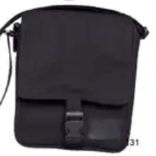 Bag and Cap with free item