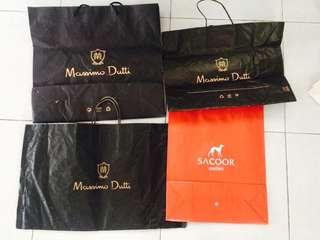 Massimo dutti /sacoor paper bag