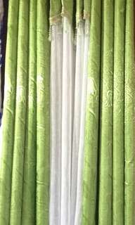 Curtain w/ tassel (tulip green)