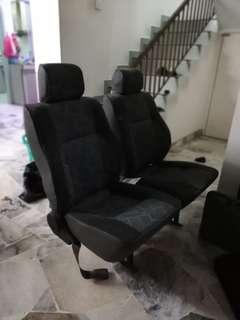 toyota hiace seat