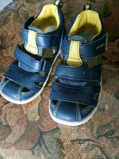 Original dr kong sandals size 25
