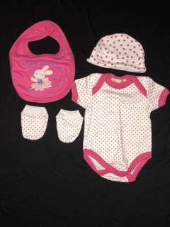 *Brand new* Newborn baby girl clothes set