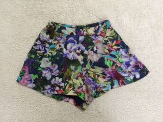 Ever New Multicolored Floral Highwaisted Shorts