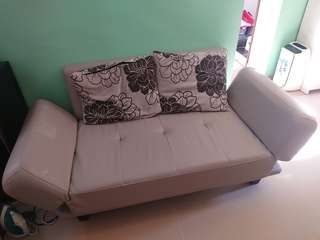 Moving Sale: Sofa Bed 梳化床