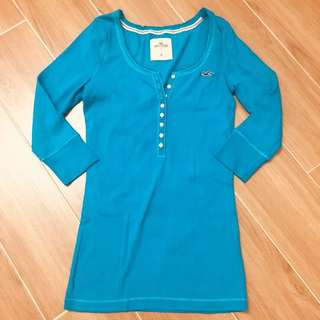 Hollister top in blue 中袖藍色衫