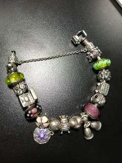 Pandora 手鍊 及charms