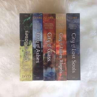 The Mortal Instruments Book Set