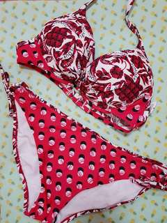 Patterned red bikini