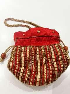 Indian purse