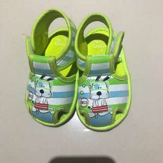 Chicco (Green) Pre-Walker Shoes
