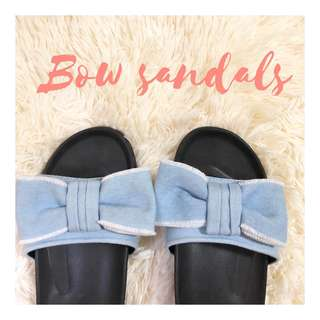 Bow Sandals Parisian