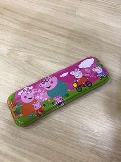 🚚 Peppa pig pencil case