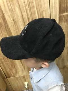 兒童 潮黑 老帽 買來沒戴過 笑臉