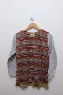 Long Sleeve Aztec Printed Sweater