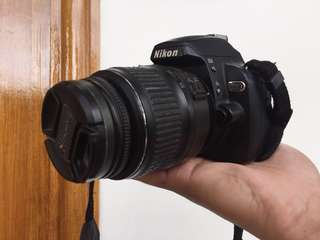 Nikon D60 + Kit Lens