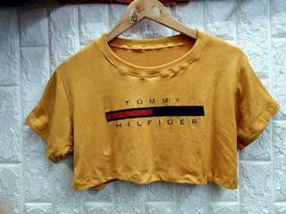 Tommy Hilfiger Croptop  fits up to small-medium