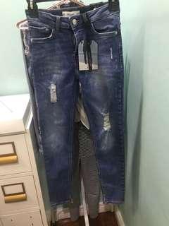 BNWT Mango Ripped Skinny Jeans USA2