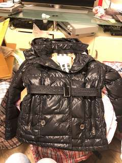 Burberry 黑色羽絨 12Y black down jacket
