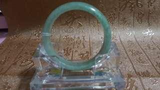 天然翡翠玉鈪,內徑54mm,冇裂冇花,特價$400。