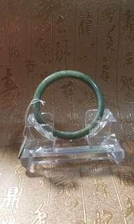 天然翡翠玉鈪,內徑57 mm,冇裂冇花,特價$400。