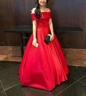 LONG GOWN FOR SALE/RENT