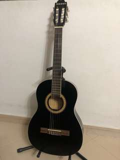 Suzuki Classical Guitar 3/4 (nt Acoustic, Electric, Cajon, Drum, Bass, Violin, Trumpet, Clarinets, Recorder, Harmonica, Mixer, Saxophone, Cymbal)