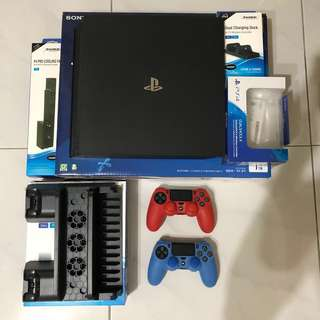 PS4 PRO 主機 1TB