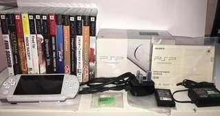 Sony PSP-3006 Slim Edition (Pearl White)