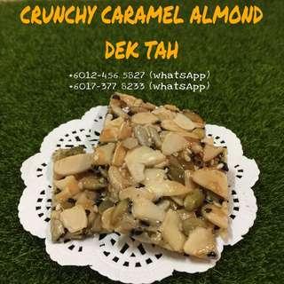 Biskut raya crunchy caramel almond