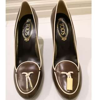 100% Authentic Sz 38 Brand New Tods Pumps Heels