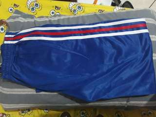 BLUE TRACKPANTS WITH STRIPES