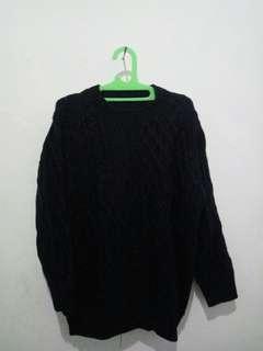 Sweater woll rajut