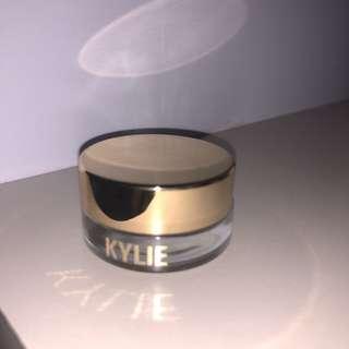 kylie cosmetics creme shadow (birthday edition)