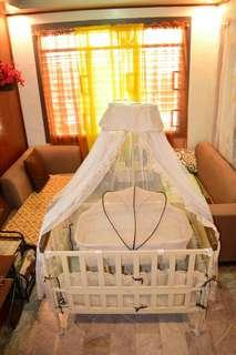 Apruva baby metal Crib with bassinet and princess net