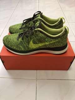 Nike Flyknit Luna1+