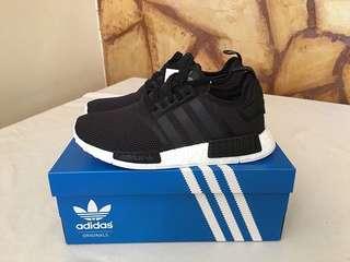 Adidas NMD R1 boost 黑白㊣